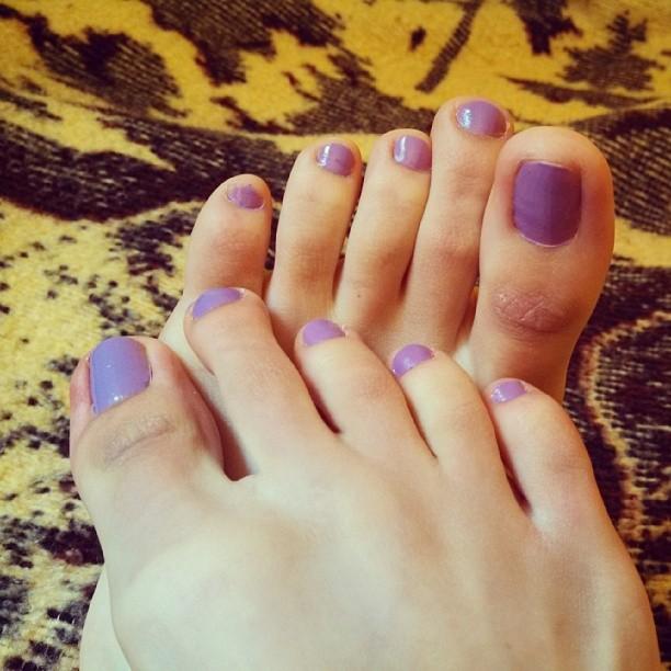 Purple Toes