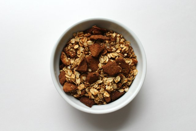 Apple Cinnamon Granola 3