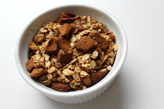 Apple Cinnamon Granola 4