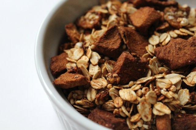 Apple Cinnamon Granola 6