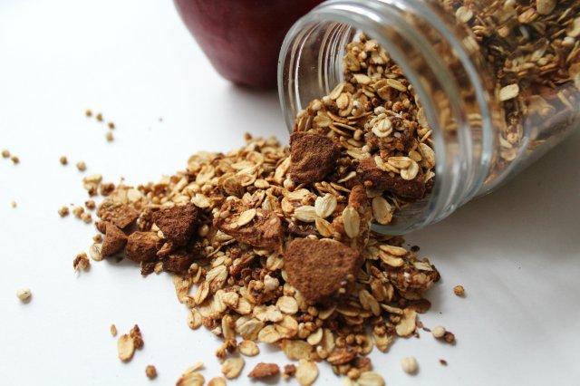Apple Cinnamon Granola 7