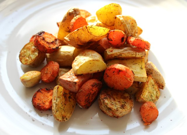 Dill Roasted Fingerling Potatoes and Carrots 1