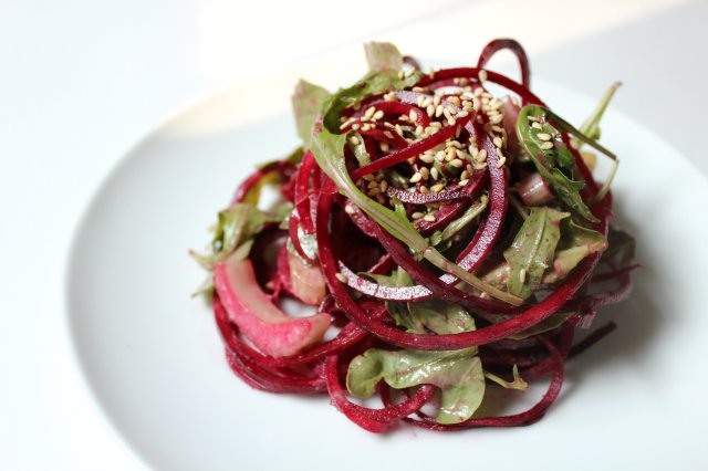 Raw Balsamic Tahini Beet Noodles | Strength and Sunshine